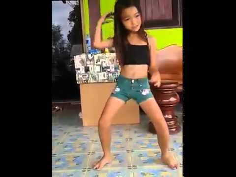 เด็กคนนี้ เต้นไม่แพ้โคโยตี้