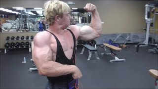 Huge Teen Bodybuilder Pumping Iron and Flexing Thick Muscles