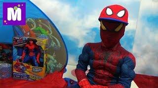 Макс Человек - Паук стреляет паутиной и открывает много игрушек в палатке Spider-Men a lot of toys