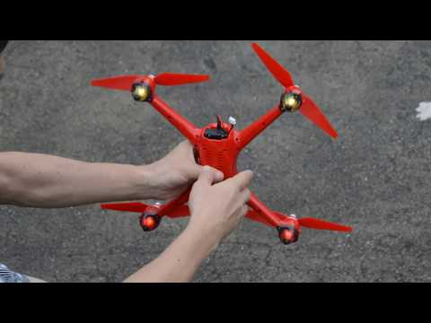 MJX B2W Red Flying test and Max height and Distance over She