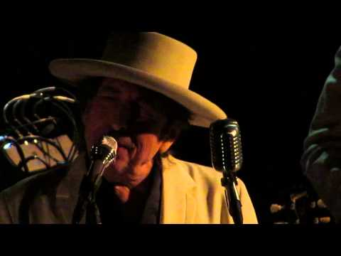 Bob Dylan -Tangled Up in Blue - Cadillac Palace Theater, Chi IL Nov 10, 2014