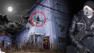 exploring haunted abandoned gangster hideout at 3am omargoshtv