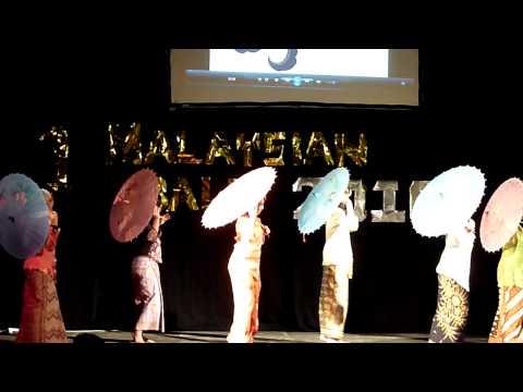 Northumbria Malaysian society 2010 Traditional Melay Dance