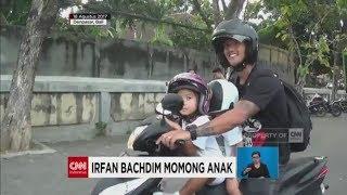 Ditinggal Istri Kerja, Irfan Bachdim Momong Anak