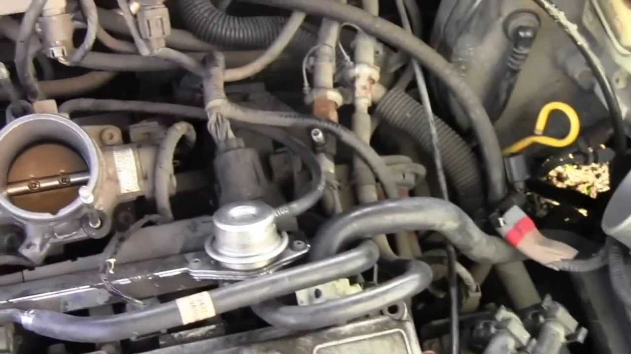 How to Relieve Fuel Pressure (Secret Hidden Location) on 1997 Ford ...