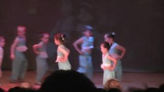 Baby Thia, Aladdin ballet  dance performance