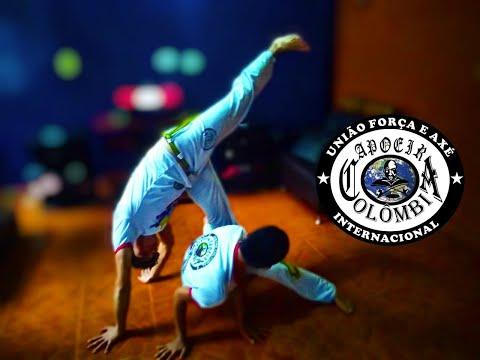 Entrenando en Casa - Centro Cultural Capoeira Colombia Internacional - Snake 017 from YouTube · Duration:  2 minutes 13 seconds