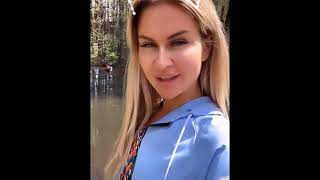 Марина Африкантова и Роман Капаклы в сторис 06 05 2019  На отдыхе