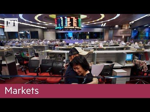 Hong Kong closes its trading floor