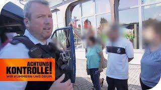 Illegale Arbeiter? Verdächtiger Transporter aus Osteuropa wird kontrolliert!   Achtung Kontrolle