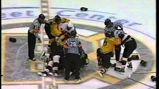 Mike Fisher vs Mike Knuble & Zdeno Chara vs Hal Gill