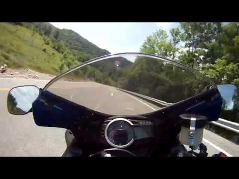 2011 GSX-R 750 Whitesburg, KY US 119 Across Pine Mountain