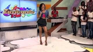Yola Araújo canta  página virada  no | Zimbando | TV Zimbo |