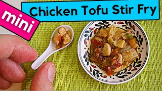 STIR FRY CHICKEN AND TOFU   FULLY FUNCTIONAL MINIATURE KITCHEN   MINIATURE FOOD   ASMR