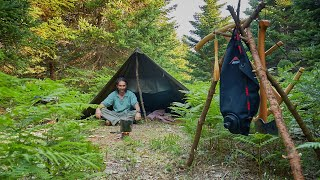 3 Days solo bushcraft on a mountain, 2 camps, carving a fork, cooking