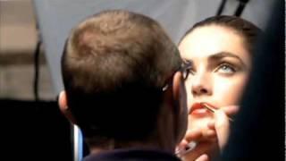 Quem é Tom Pecheux, o Director Criativo de Maquilhagem Estée Lauder? | Estée Lauder Portugal Thumbnail