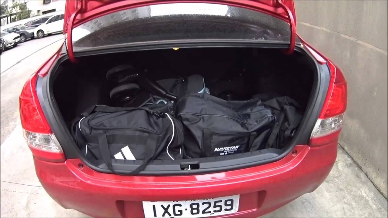 2018 Dodge Challenger >> Porta malas Etios sedan e hatch - YouTube
