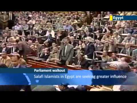 Egyptian constitution walkouts by liberals