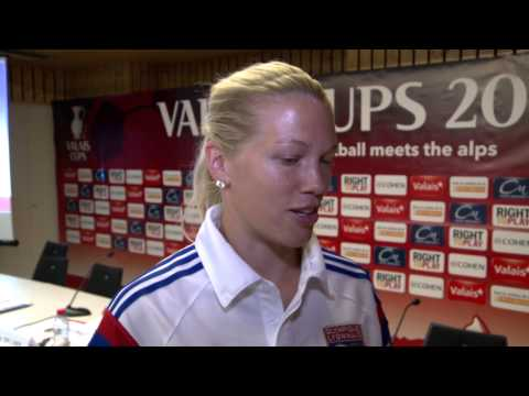 Rencontre avec Lara Dickenmann, star du foot féminin suisse