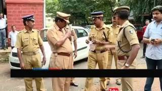Exclusive visuals |Kozhikode town SI shows in court premises