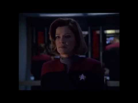 Clip   Star Trek TNG   All hands abandon ship   YouTube   Segment100 00 43 360 00 02 04 480