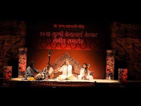 INDIAN CLASSICAL MUSICIAN NASH NAUBERT DISCIPLE OF PANDIT HARIPRASAD CHAURASIA SHOWREEL