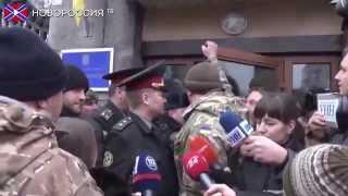 видео Бунт батальонов в Киеве. Грозит ли Украине вооруженный захват власти?