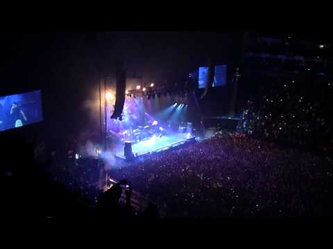 "J COLE - ""Wet Dreams"" Live  at London O2 Arena (May 18th, 2015)"