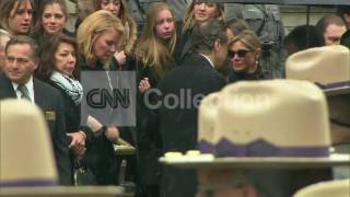NY:CUOMO FUNERAL-GOVFAMILY DEPARTURE