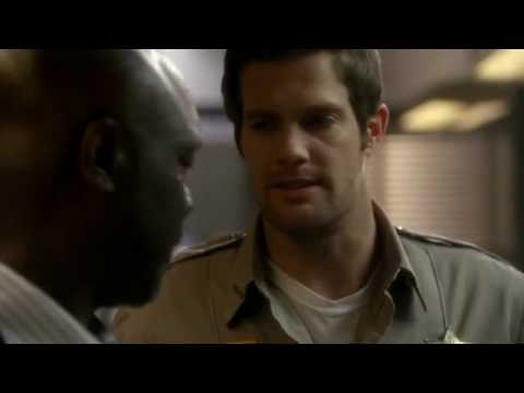 Download Tommy questions a suspect! - Happy Town.flv