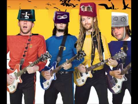 Frenzal Rhomb - Captains Magic Buttons Re-Wiggled