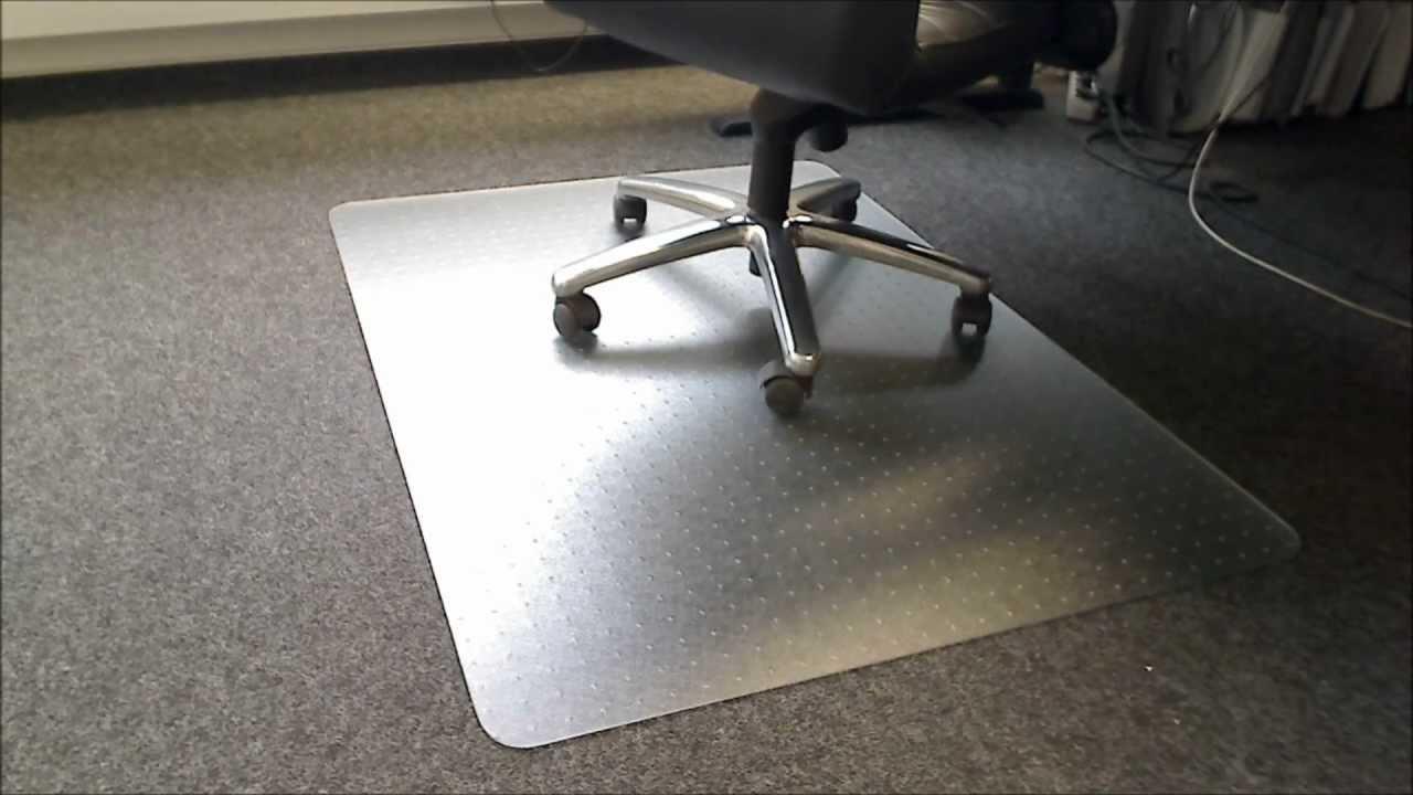 Bodenschutzmatte 120x130cm für Hartböden aus PolypropylenFarbe milchig