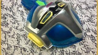 子供のころ、縁日で買ってもらった懐かしのお面です。 『超電動ロボ 鉄人28号FX』とは、アニメ『鉄人28号』シリーズの第三作目にあたるロボット...