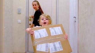 Дана УПАЛА!! Необычная Посылка Для детей KIDS CHILDREN Распаковка серебряной кнопка от YOUTUBE.