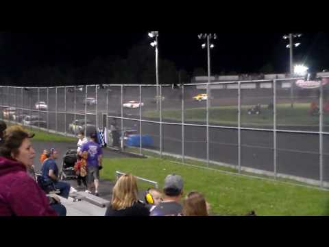 Hobby Stock Amain @ Boone Speedway 05/27/17