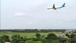 Gambar cover Garuda Indonesia Landing di Bandara Soekarno Hatta CGK Jakarta