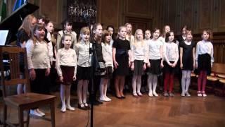 Vasalemma Põhikooli valikkoor laulab Julius Oro laule