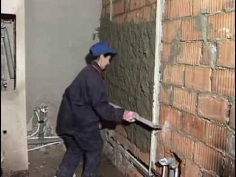 Штукатурка стен своими руками видео