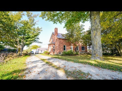 Renovated Farm House With Hundreds Of Acres For Sale - 330160 Georgian Range Road
