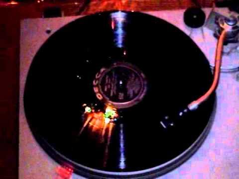 Download Bing Crosby - 10 It's Beginning To Look Like Christmas†† (Vinyl LP) (Mono)
