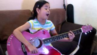 Love on Top Beyonce acoustic cover by 8 yr old Julia Klarisse , May Isang Pangarap Kid