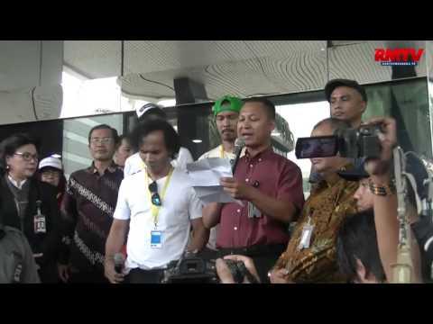 BRIGHT NEWS: Slank: DPR Segera Buat UU Tembak Mati Koruptor