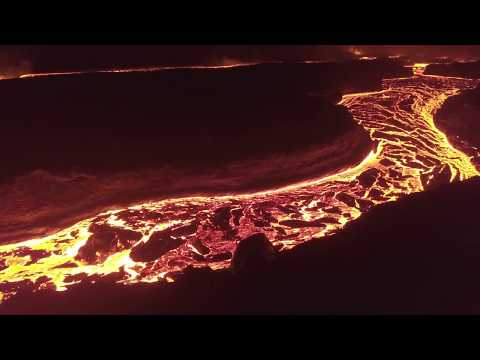 lava-flow-viewing-location--hawaii-volcano-lava-river-access