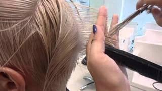 Женская стрижка. Paul Mitchell. Короткие волосы.