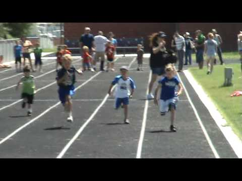 6 Year Old Kid Woops Up On 8 Year Old's In 50m Dash Runs 10.21