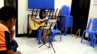 Khánh Linh - Guitar kid Hieuorion