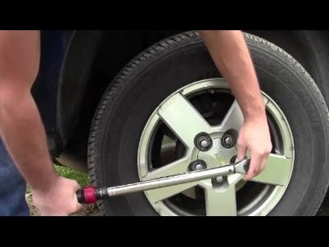 How To Torque Lug Nuts With Wrench