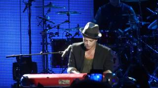 Bruno Mars - Count On Me & Lighters live Frankfurt 16.10.11 [HQ]