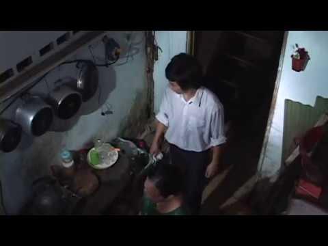 Phim ngắn - PHÍA SAU CÁI CỬA GỖ - P1