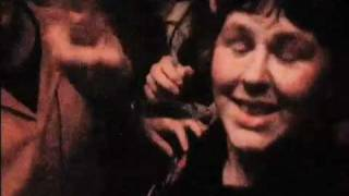 The Undertones - How To Pogo - Teenage Kicks